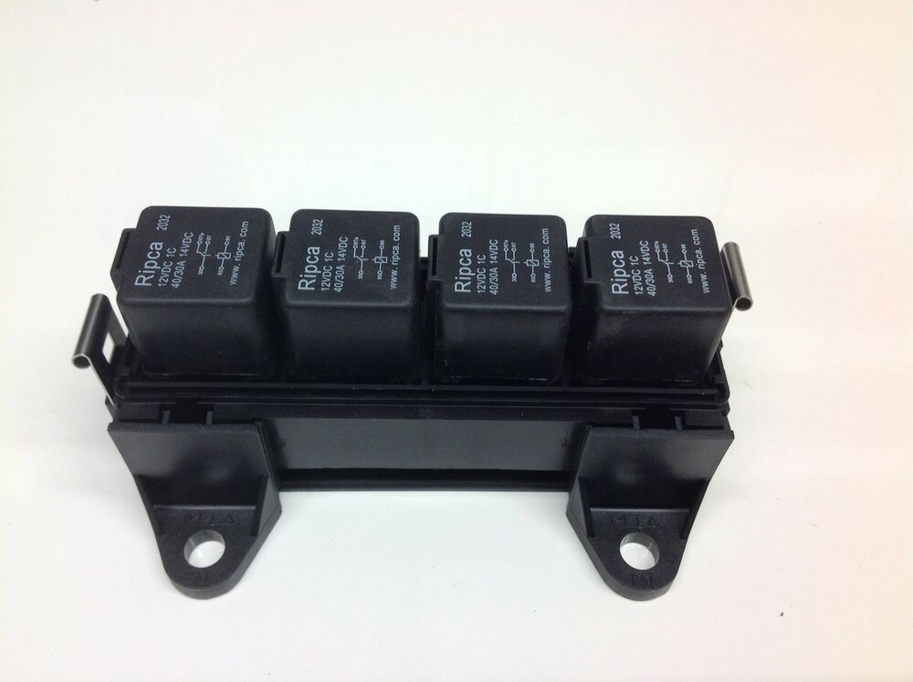 RELAY BOX For 4 Automotive Relays + 4 X 12V 40/30amp 5pin