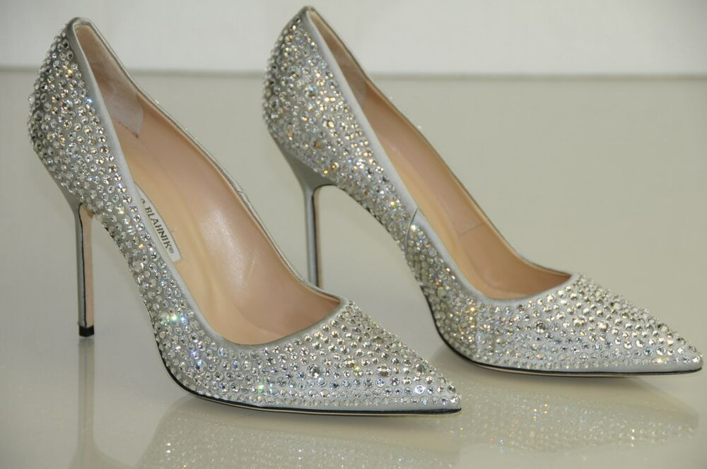 where can i buy manolo blahnik shoes in australia