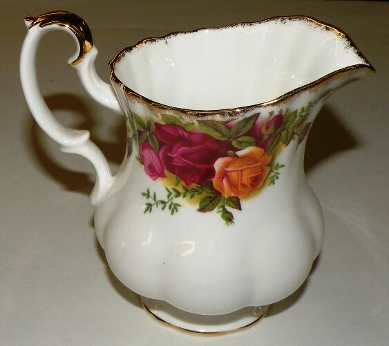 Old Roses Country Bone China