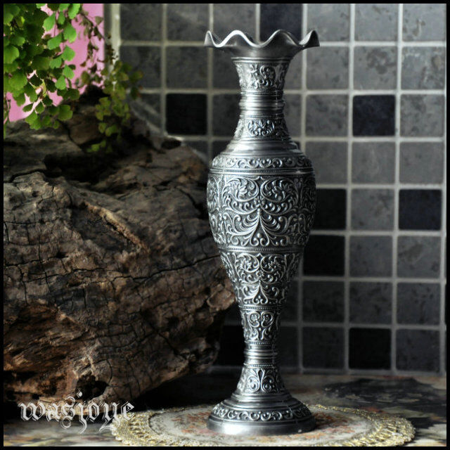 Home Accessories Vases