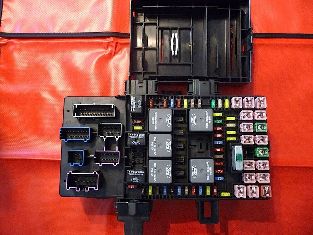 Expedition Or Navigator Fuse Box