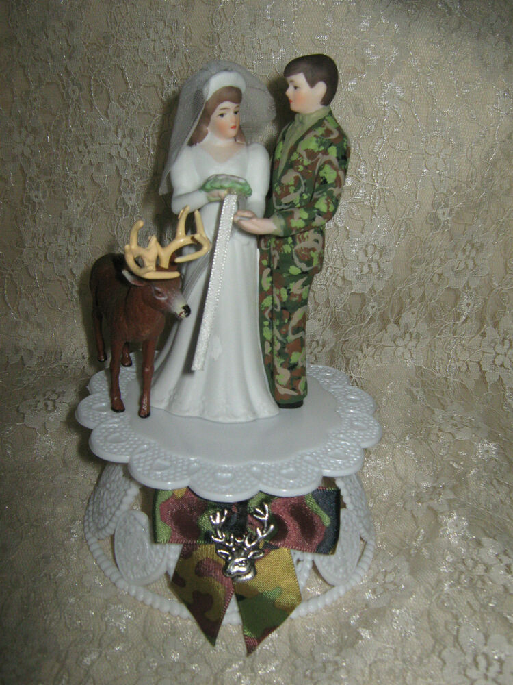 Hunter Redneck Buck Deer Bride Camo Groom Wedding Cake