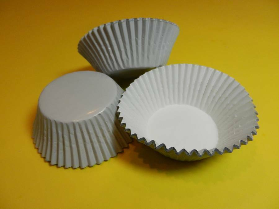 48 White Foil Cupcake Liners Standard Size Baking Cups