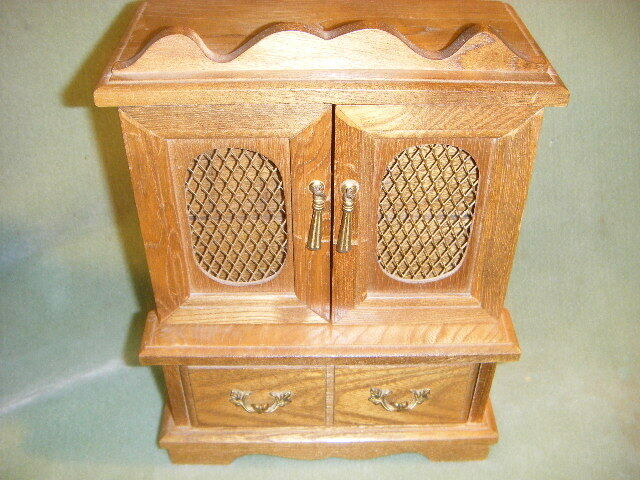 MULTI COMPARTMENT WOOD JEWELRY CHEST Music Box W3 DRAWERS