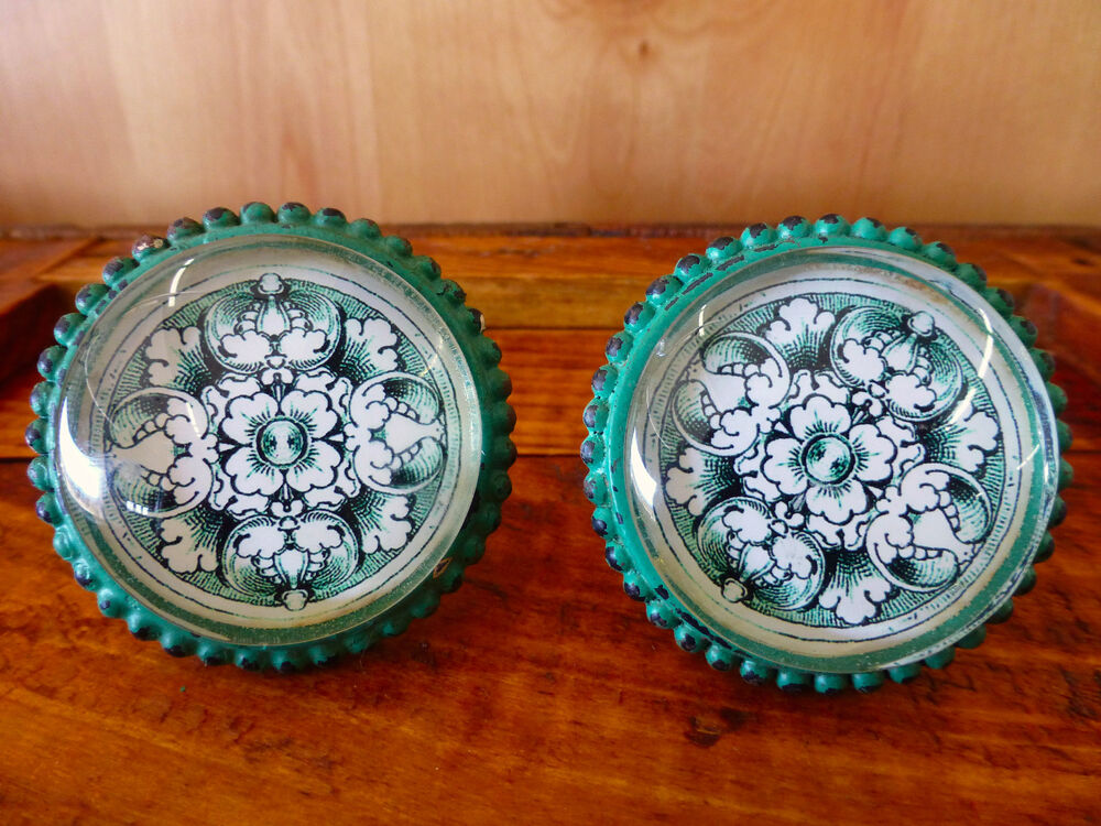 2 LG GREEN GLASS FLORAL DRAWER CABINET PULLS KNOBS VINTAGE