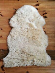 tapis en fausse fourrure et peaux ikea