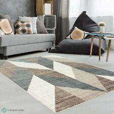 tapis a motif geometrique modernes pour