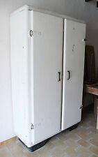 armoire metallique en vente