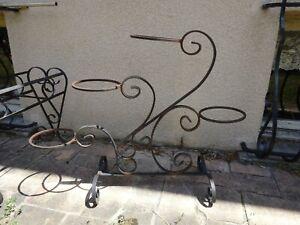 porte plantes en fer pour la decoration