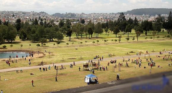 Resultado de imagen para parque bicentenario quito
