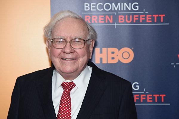 億萬富翁巴菲特的女兒,一直到20多歲看報紙,才知道她有個很富裕的爸爸。(Jamie McCarthy/Getty Images)