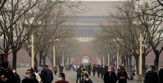 新年期间,许多省份都出现了朦胧的天气,官方网友对此并不信任。 烟雾北京| 严重污染