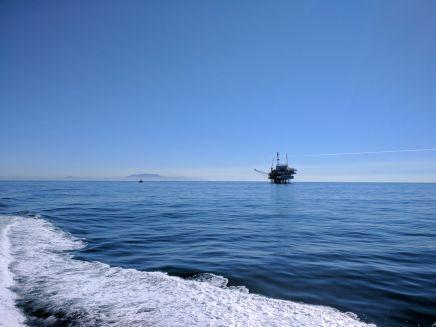 An oil derrick on the way to Santa Cruz Island