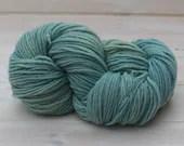 Manos del Uruguay Maxima - Colour: Oxygen #M2349 - 100g Fairtrade Extra fine Merino Wool - Aran-Worsted Weight
