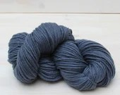 Manos del Uruguay Maxima - Colour: Pewter #M2545 - 100g Fairtrade Extra fine Merino Wool - Aran-Worsted weight