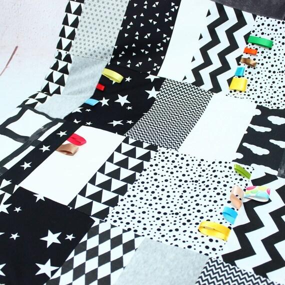 montessori tapis d eveil bebe decoration chambre bebe nido montessori jeu eveil bebe noir et blanc cadeau naissance bebe montessori