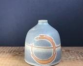 Ensō bud vase