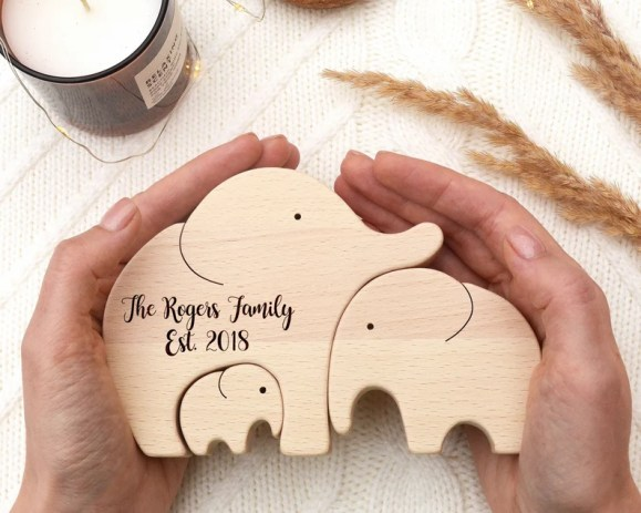 Fathers day gift from wife . Wooden elephant family of 3 gift image 0