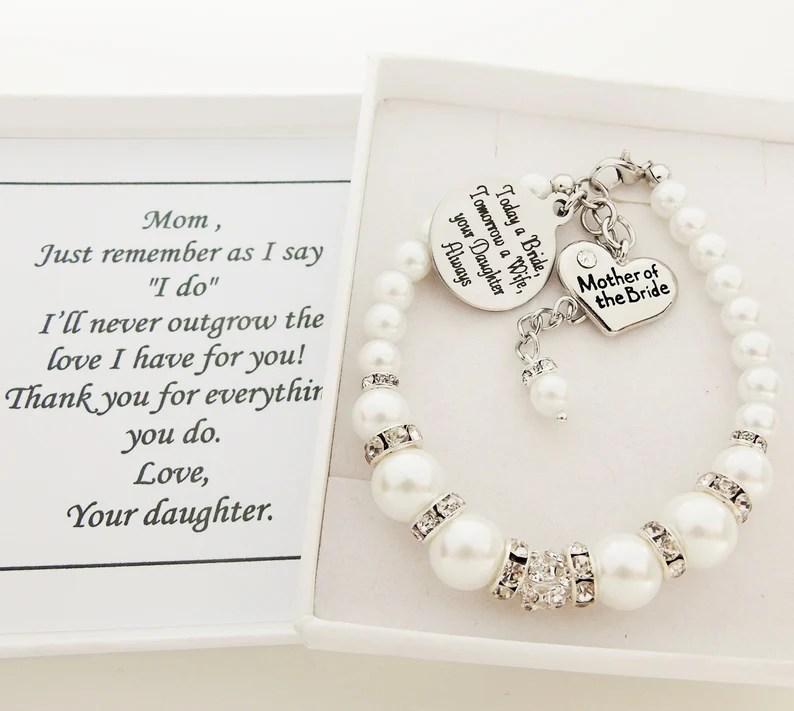 Armbandje voor de moeder van de bruid