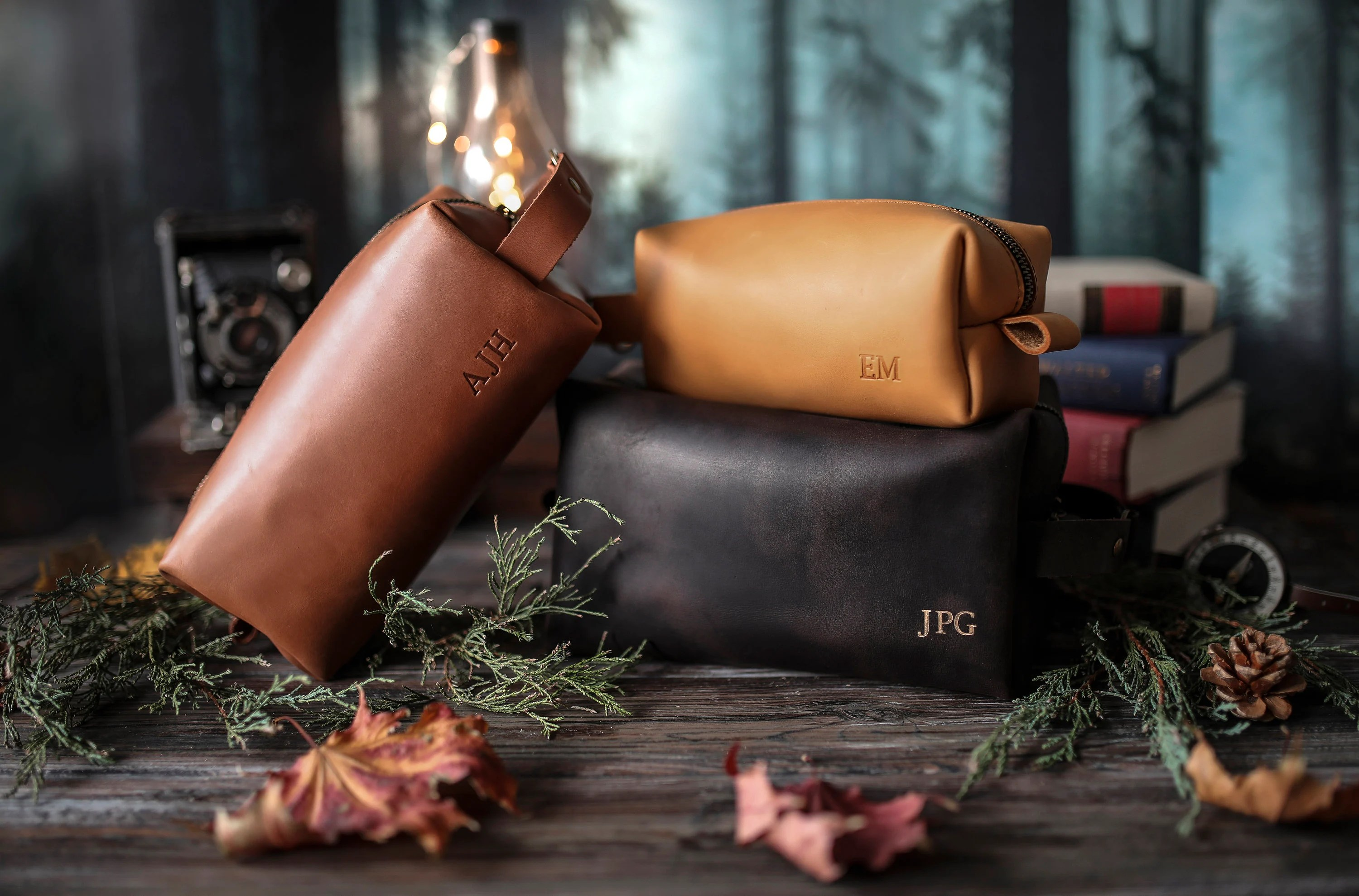 Personalized leather dopp kit mens leather toiletry bag mens image 2