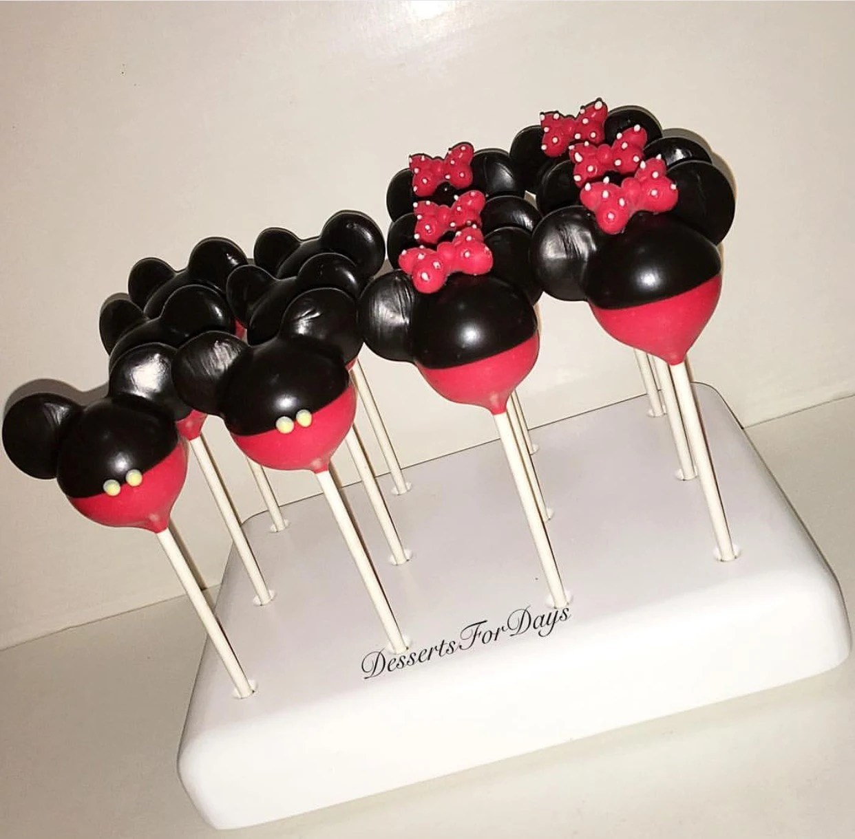 1 Dz Mickey And Minnie Mouse Cake Pops Dessert Table Party Etsy