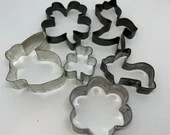 Metal Spring Themed Cookie Cutters Shamrock Clover Rabbit Bunny Flower Tulip Vintage Cooking Craft Tools
