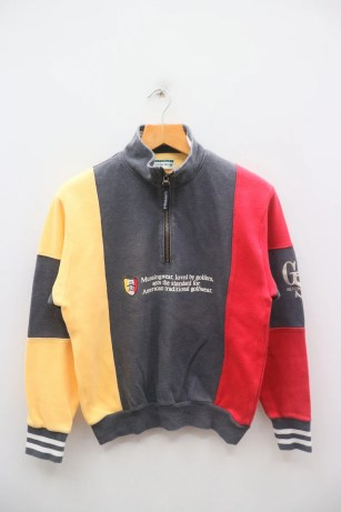 Vintage MUNSINGWEAR Big Spell Big Logo Outdoor Sportswear Gray image 0