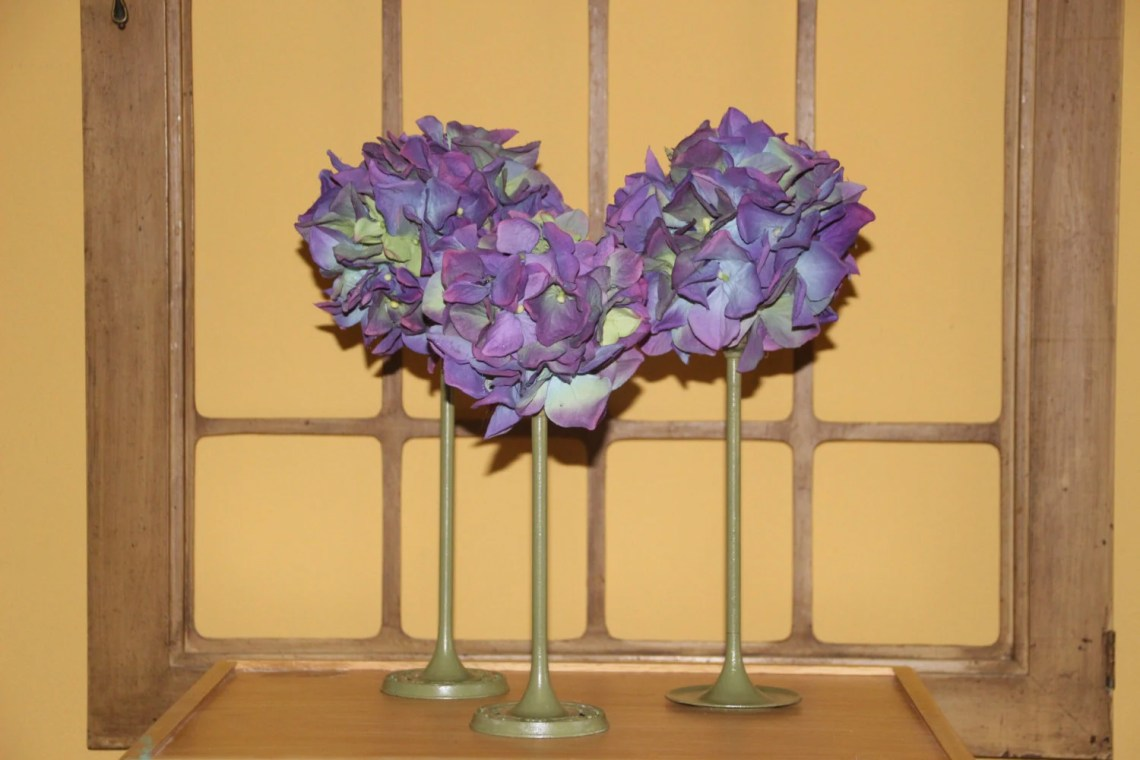 Set of hand made floral b...