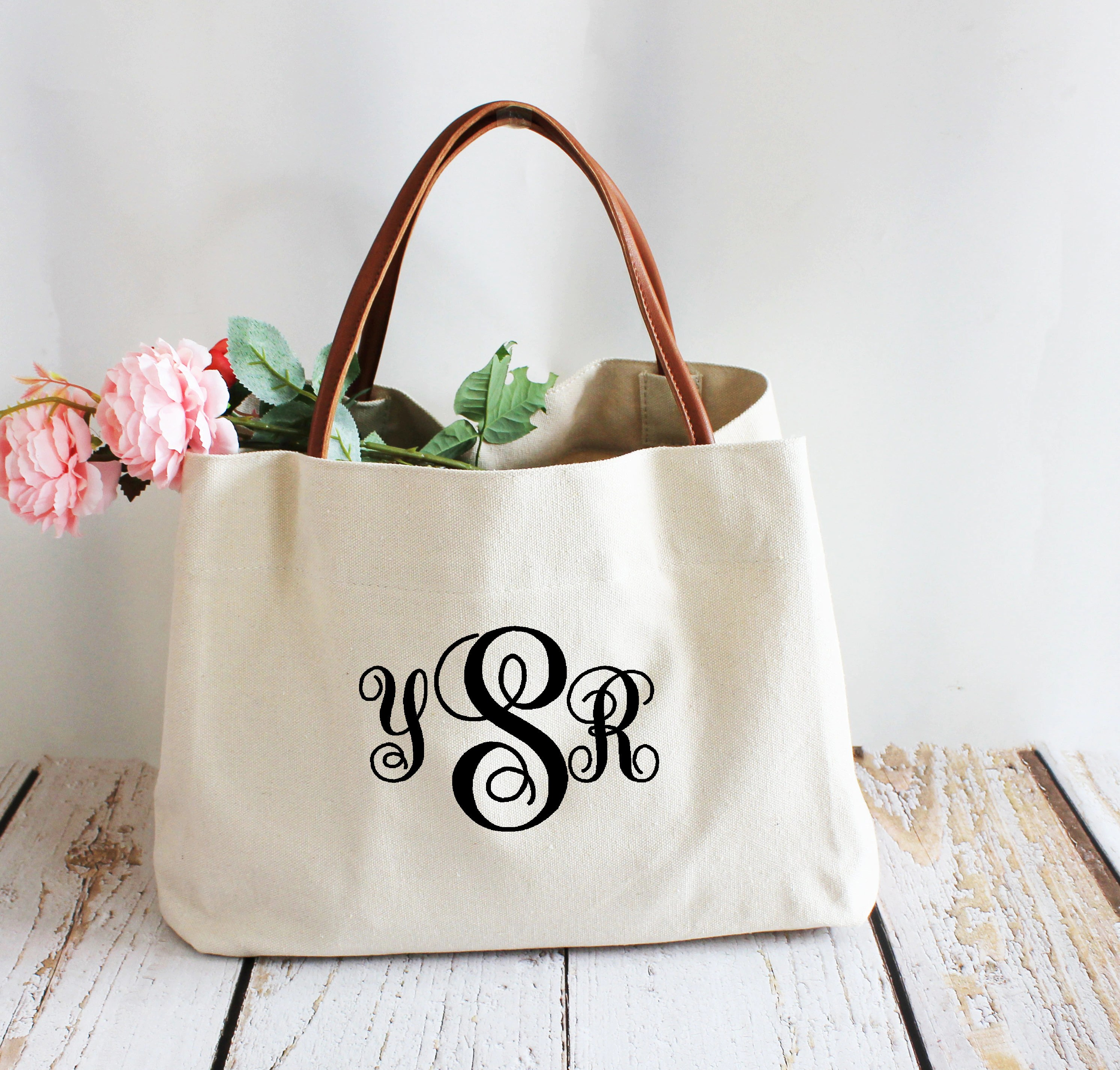 0A0000000d0                                                                                                                                                                                    Personalized Burlap Bag Tote Custom Monogram large Beach Bag backpack wedding Bag bride Bachelorette Party Favor Bridesmaid gift for her                                                                    KIMBERLYKozakk         From shop KIMBERLYKozakk                               4.5 out of 5 stars                                                                                                                                                                                                                                                          (142)                 142 reviews                                                                                   CA$30.23                                                                             CA$33.59                                                              CA$33.59                                                                                               (10% off)