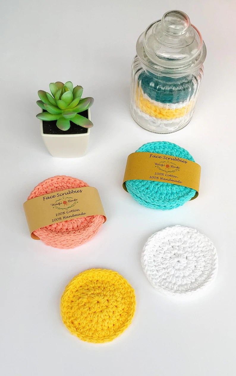 Crochet Face Scrubbies via WandysCrochet