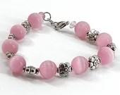 Pink Cateye and Flowers Beaded Bracelet