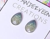 Green Ombre Glitter Teardrop Stud Earring, teardrop earring, colorful earring, minimalist jewellery, gift for her, summer earrings