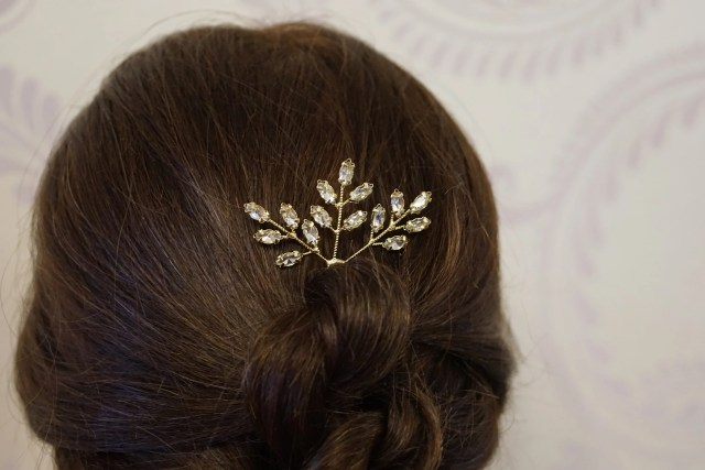 gold and diamante bridal hair pin, golden leaves wedding hair accessory, vintage classic bridal hair pin autumn wedding accessory
