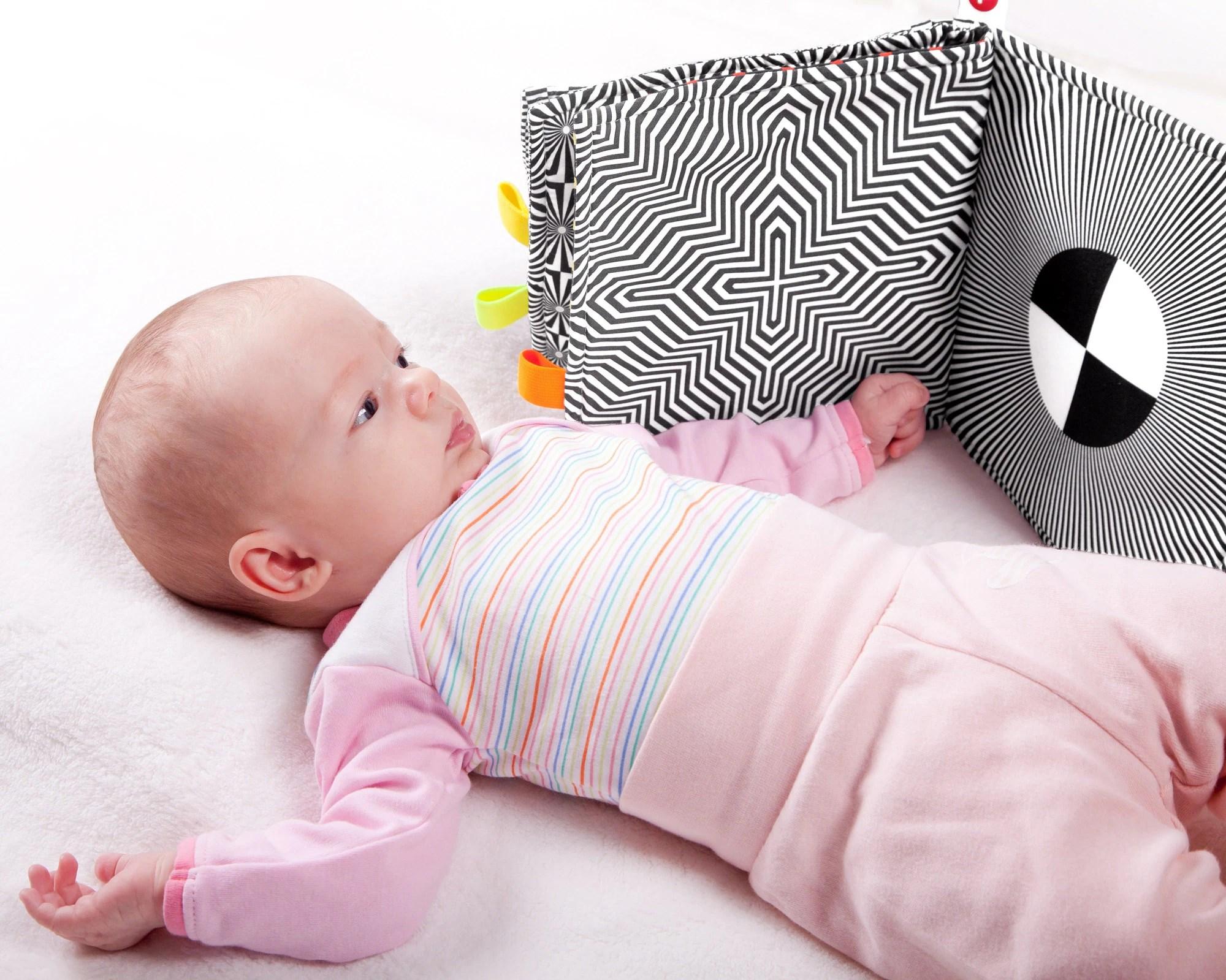 SENSORY BOOK BABY High Contrast Baby Newborn Gift Cloth image 1