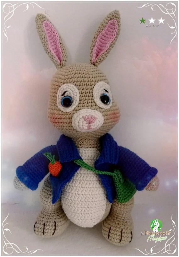 tutoriel au crochet modele amigurumi barnabe le lapin jardinier pierre lapin