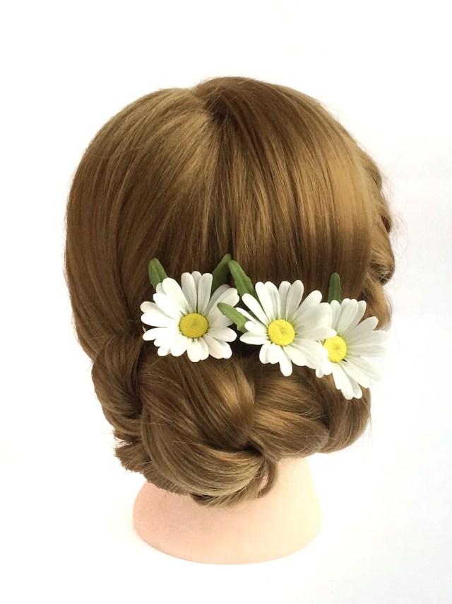 daisy hair pins white daisy hair flower wedding hair piece wedding hair flower accessories summer flowers rustic wedding daisy headpiece