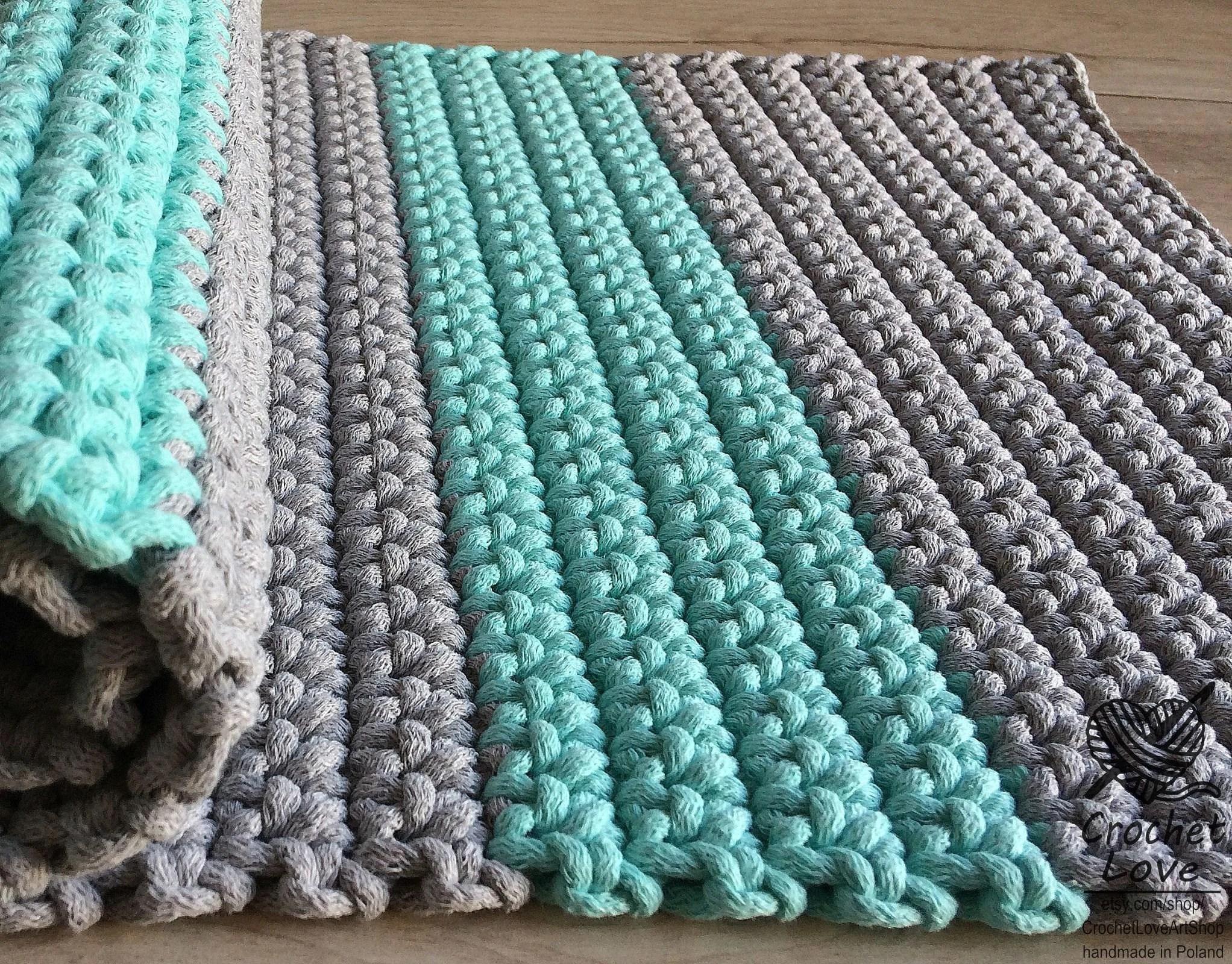 rectangulaire crochet rug tapis rectangulaire tapis au crochet tapis tricote tapis tricote a la main tapis rectangulaire gris et menthe ou choix