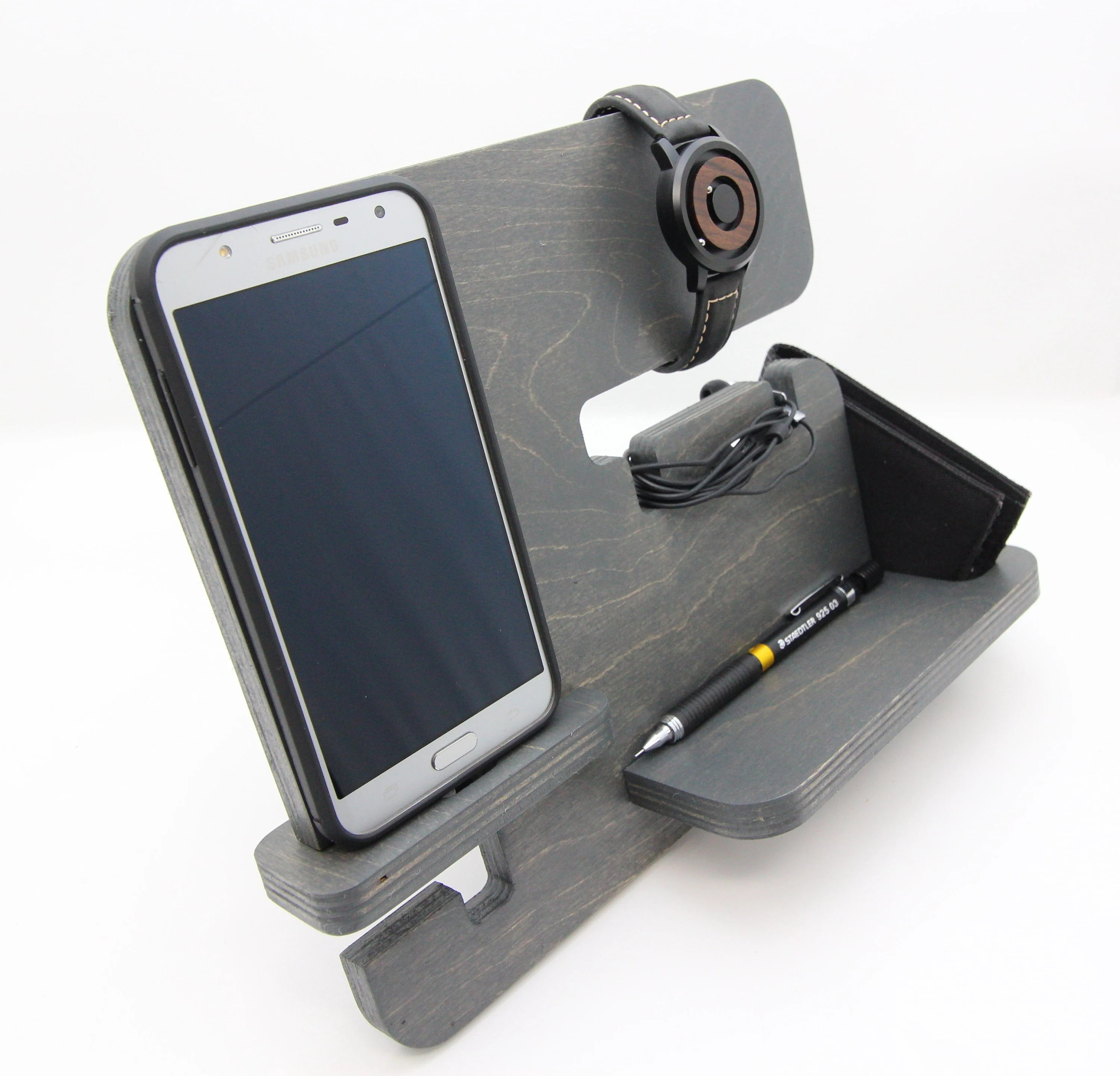 Personalized European Style Docking Station / Charging Stand image 4
