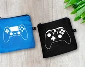 Snack and sandwich bag for gamers, with white vinyl decal with video game controller available