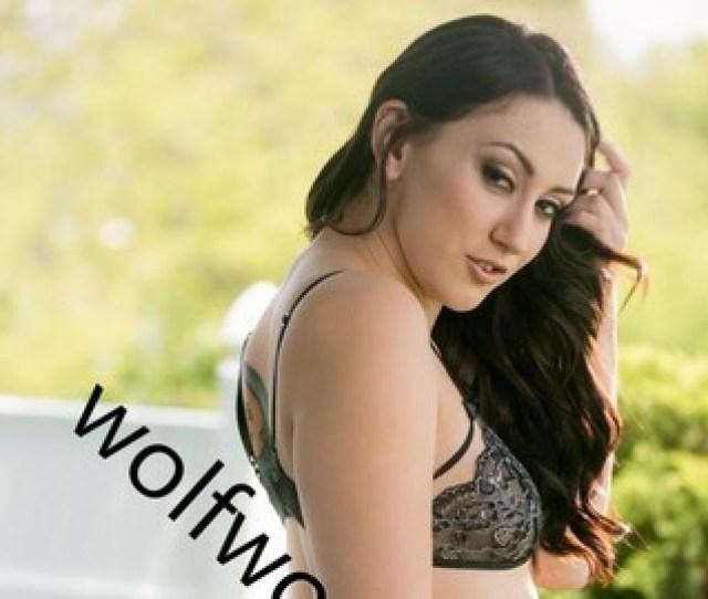 Mandy Muse Hot Sexy Big Ass Brunette Bikini Model Photo