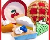 Blue Ribbon PIES - PDF Felt Food Pattern (Cherry, Grasshopper, Lemon Meringue, Blueberry, Pumpkin Pies and Pan)