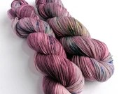 Hand dyed sock yarn, variegated 75/25% superwash merino/nylon sock fingering 4ply weight yarn. Indie dyed yarn, dusky pinks with speckles.