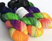 Hand dyed yarn pre-order.  Cat People colourway, variegated wool yarn. Dyed to order. Horror film inspired yarn.