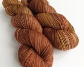 Hand dyed sock yarn, high twist superwash merino/nylon sock/fingering/4ply, variegated sock yarn, Golden brown, brown semi-solid, tonal yarn