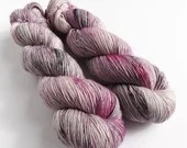 Hand dyed singles superwash merino 4ply/fingering/sock weight yarn. In The Clouds ooak singles 1ply pink and grey knitting or crochet yarn.
