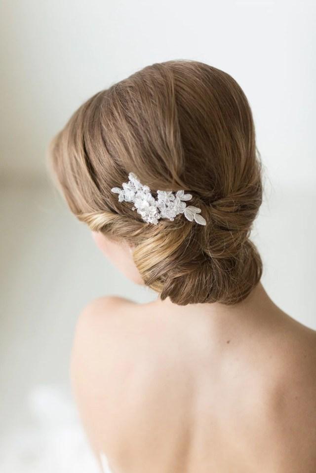 small lace bridal hair comb, floral bridal hair pin, wedding hair accessory, lace bridal comb, wedding hair comb