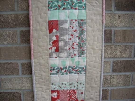 winterberry tablerunner pattern sheet