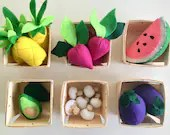 Felt Food | Felt Vegetables | Play Food | Play Pretend | Play Kitchen Food | Montessori | Avocado | Pineapple | Waldorf | Farmers Market