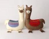 Llama Sewing Pattern, How to Sew Felt Llama Pattern, Easy Llama Plushie, Embroidered Llama Softie, Llama Stuffed Animal, Stuffed Alpaca PDF