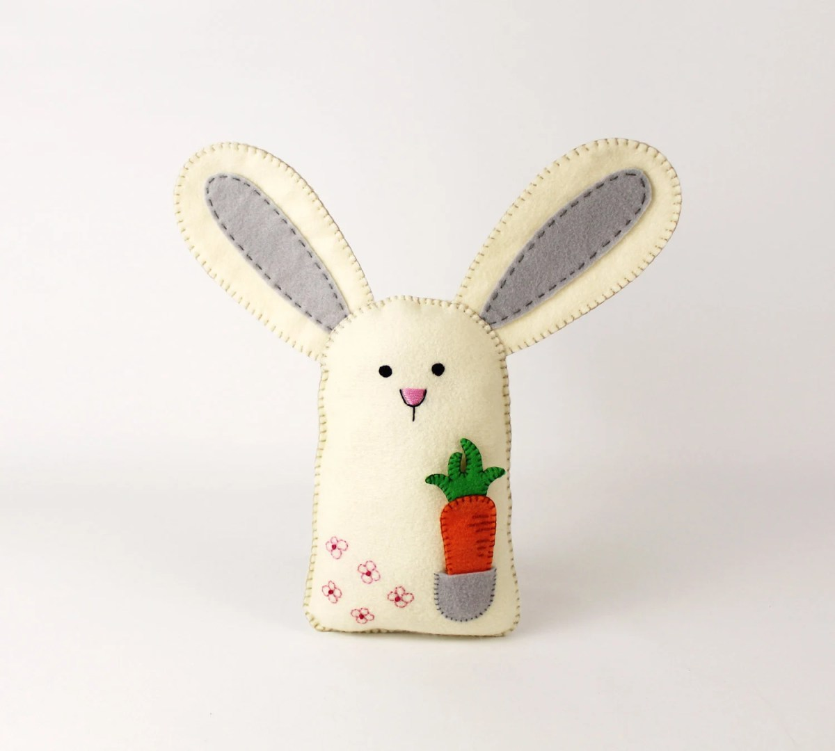 Bunny Sewing Pattern, Felt Rabbit Hand Sewing Pattern with Carrot, Embroidery for Beginners